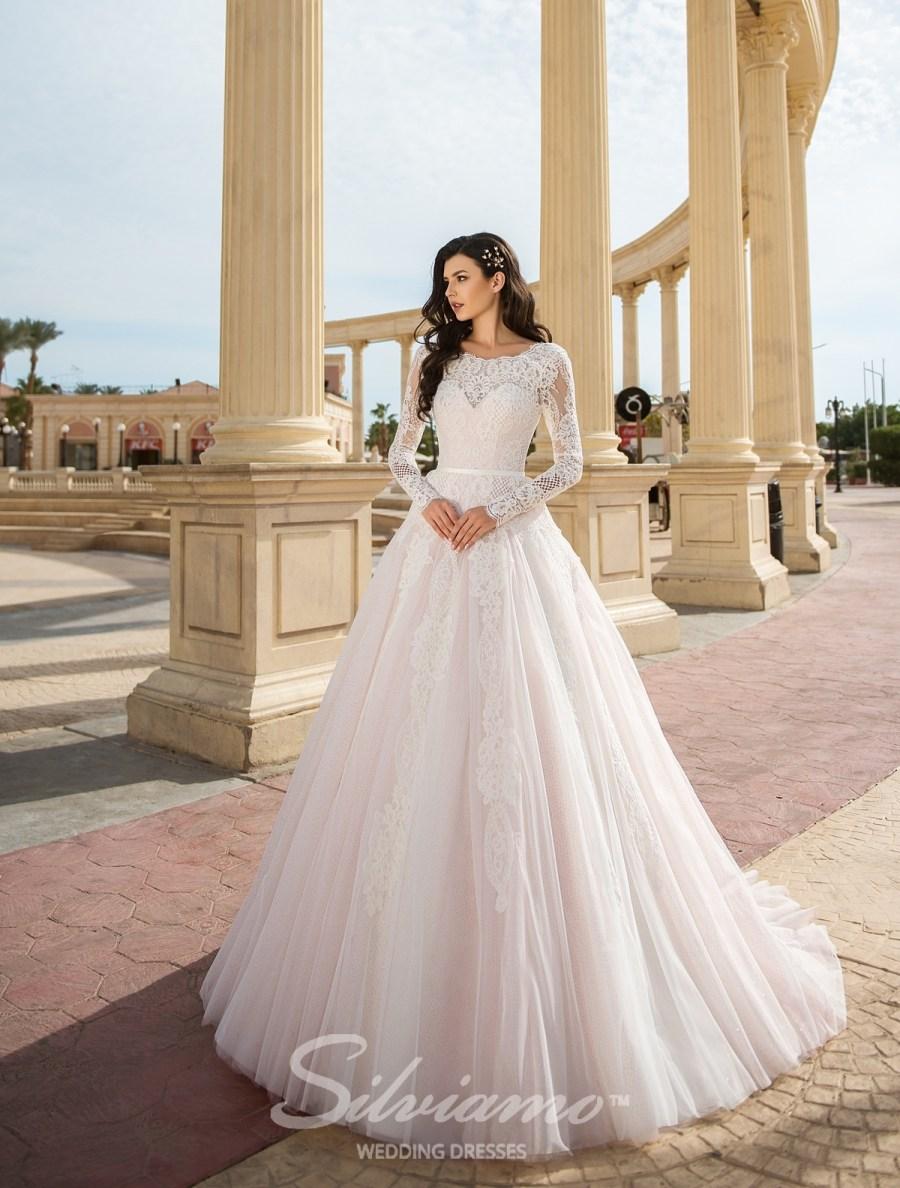 e6f0ef24f38ab4 Купити весільні сукні оптом на сайті ТМ Silviamo