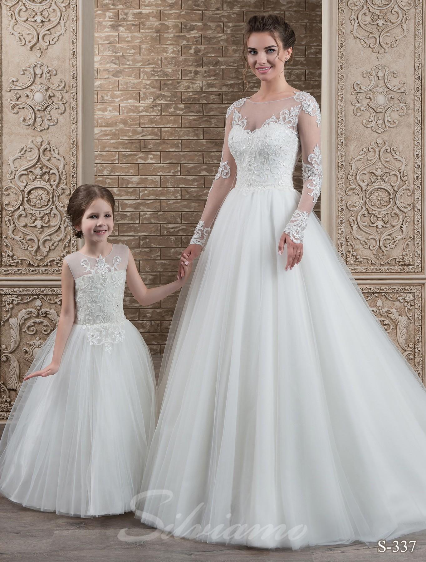 e1cbc4c186de8a Дитячі сукні family look: модні ідеї