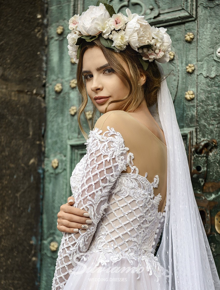 ba7b17ab4d9630 Купити весільні сукні оптом на сайті ТМ Silviamo