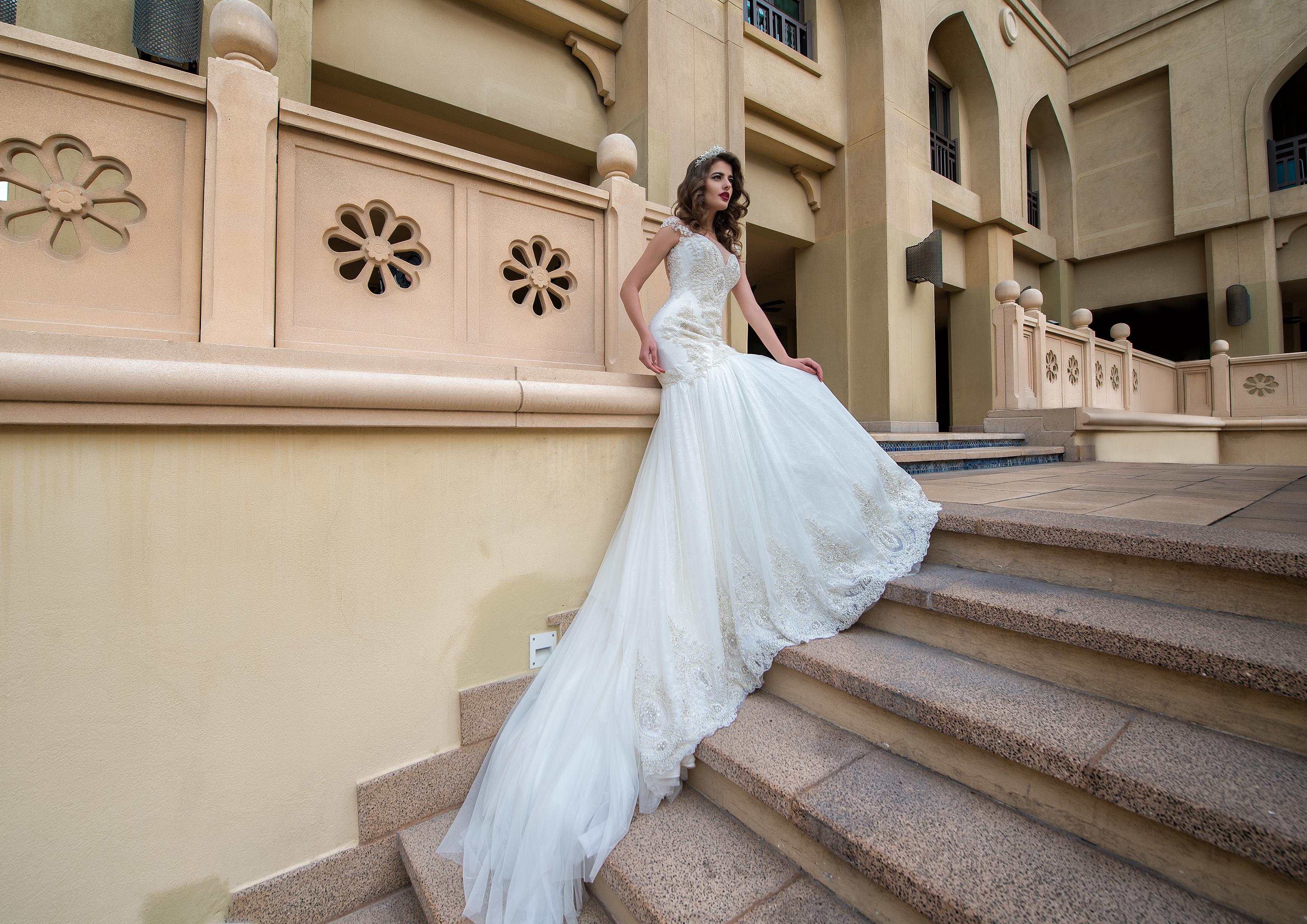 Весільна сукня силуету «рибка» Adelle-1