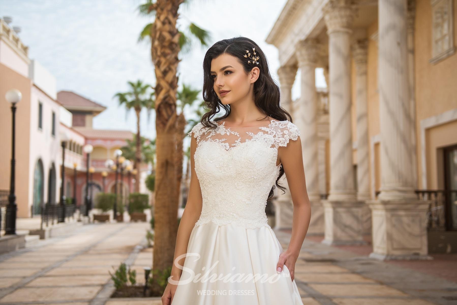 Cвадебное платье в складки-1