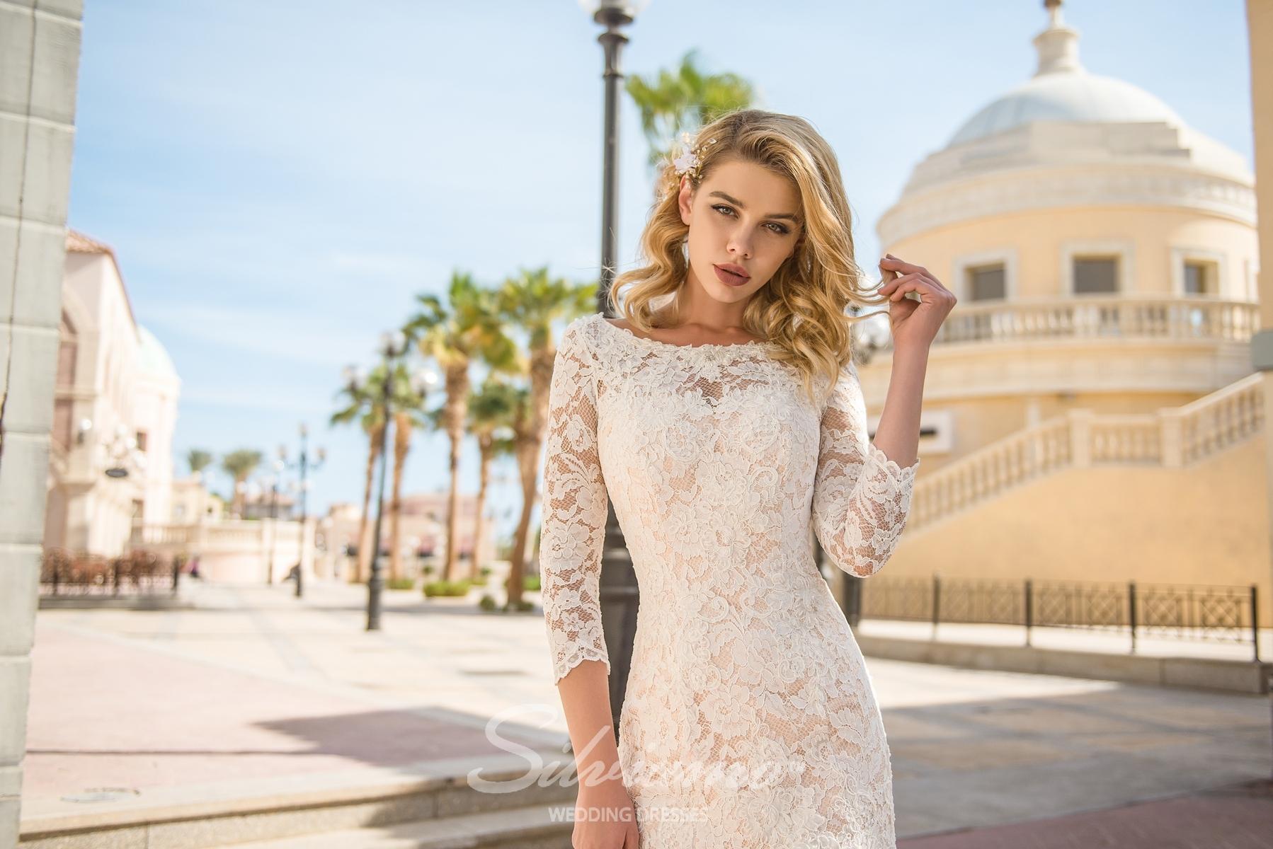 Wedding dress with a zipper-1