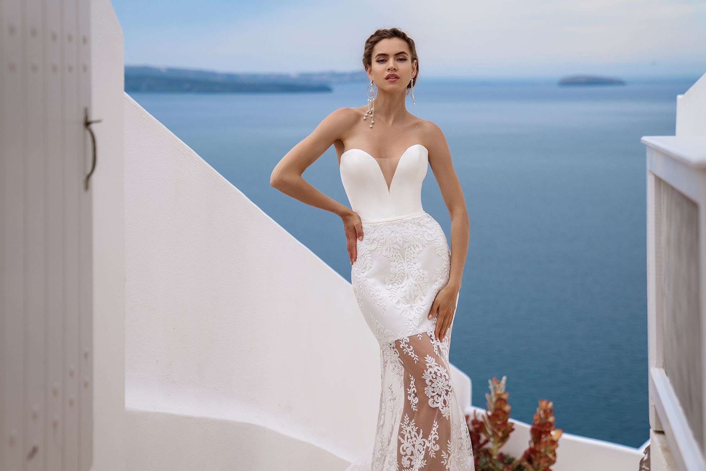 Wedding dress with cape from the manufacturer Silviamo wholesale-1