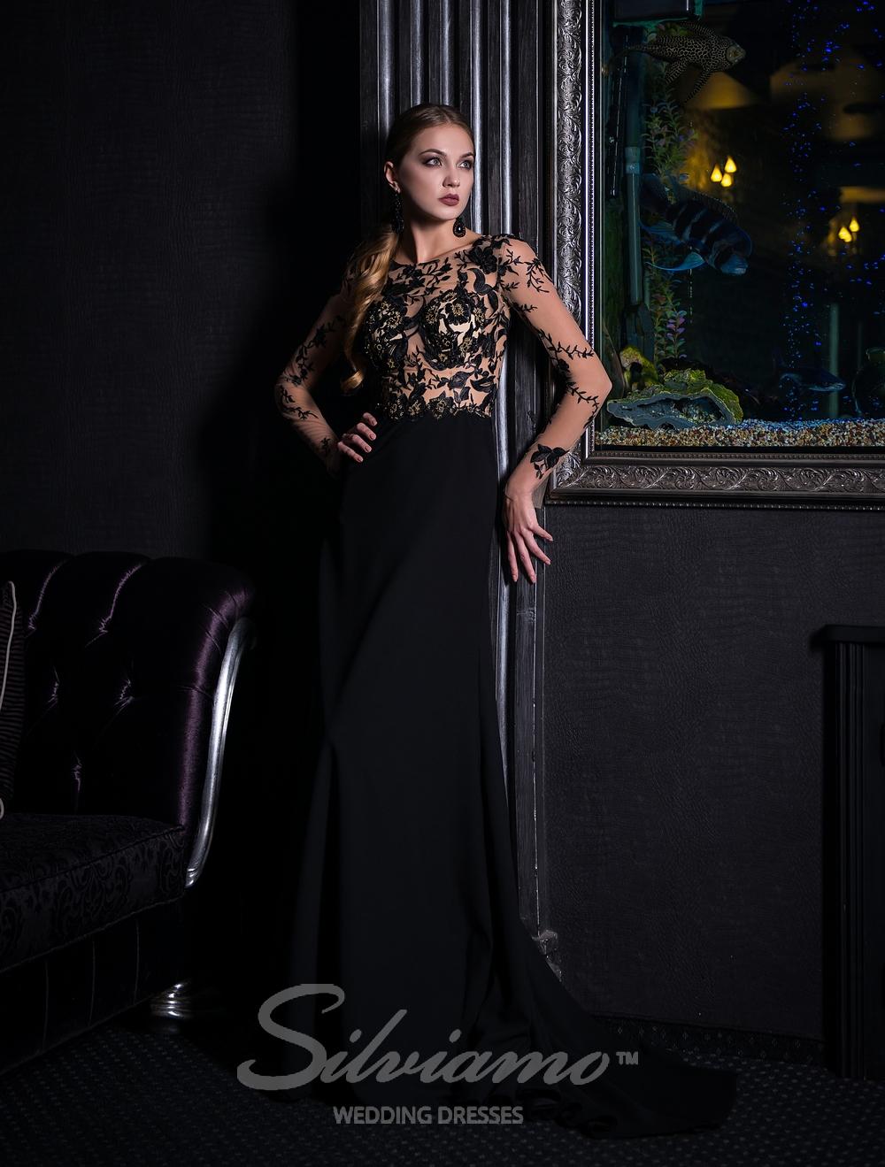 Чорна вечірня сукня з довгими рукавами від Silviamo