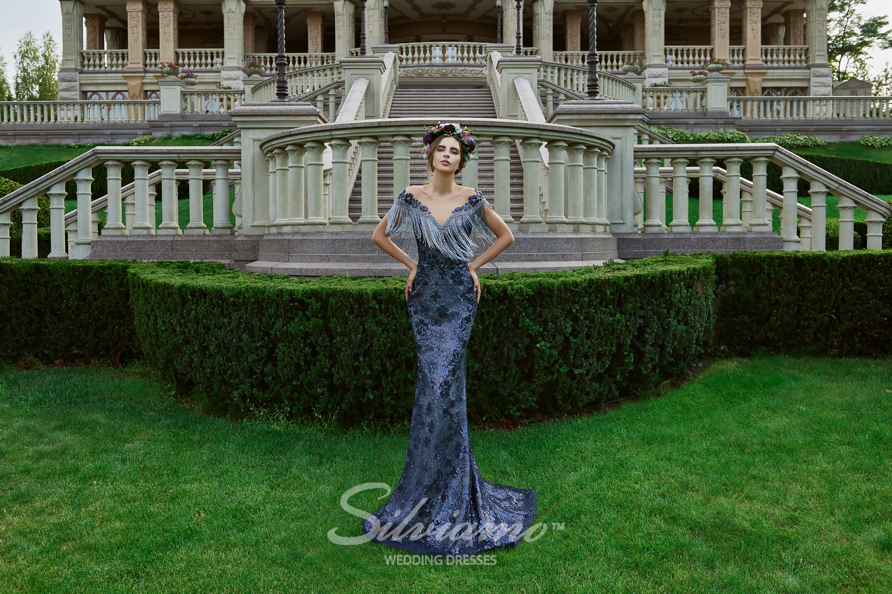 The floor-length evening dress with fringe from the Silviamo manufacturer on wholesale.-1