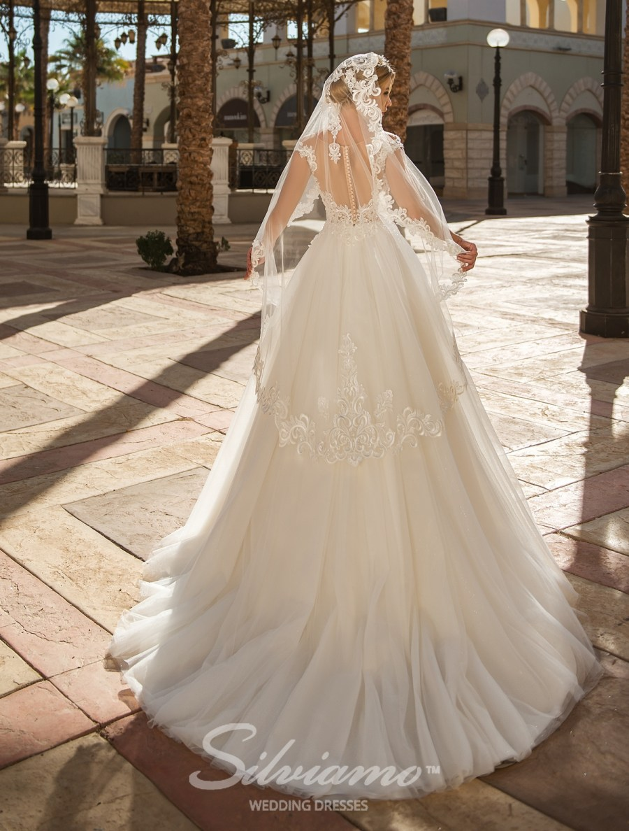 Mantilla veil of tulle F-043