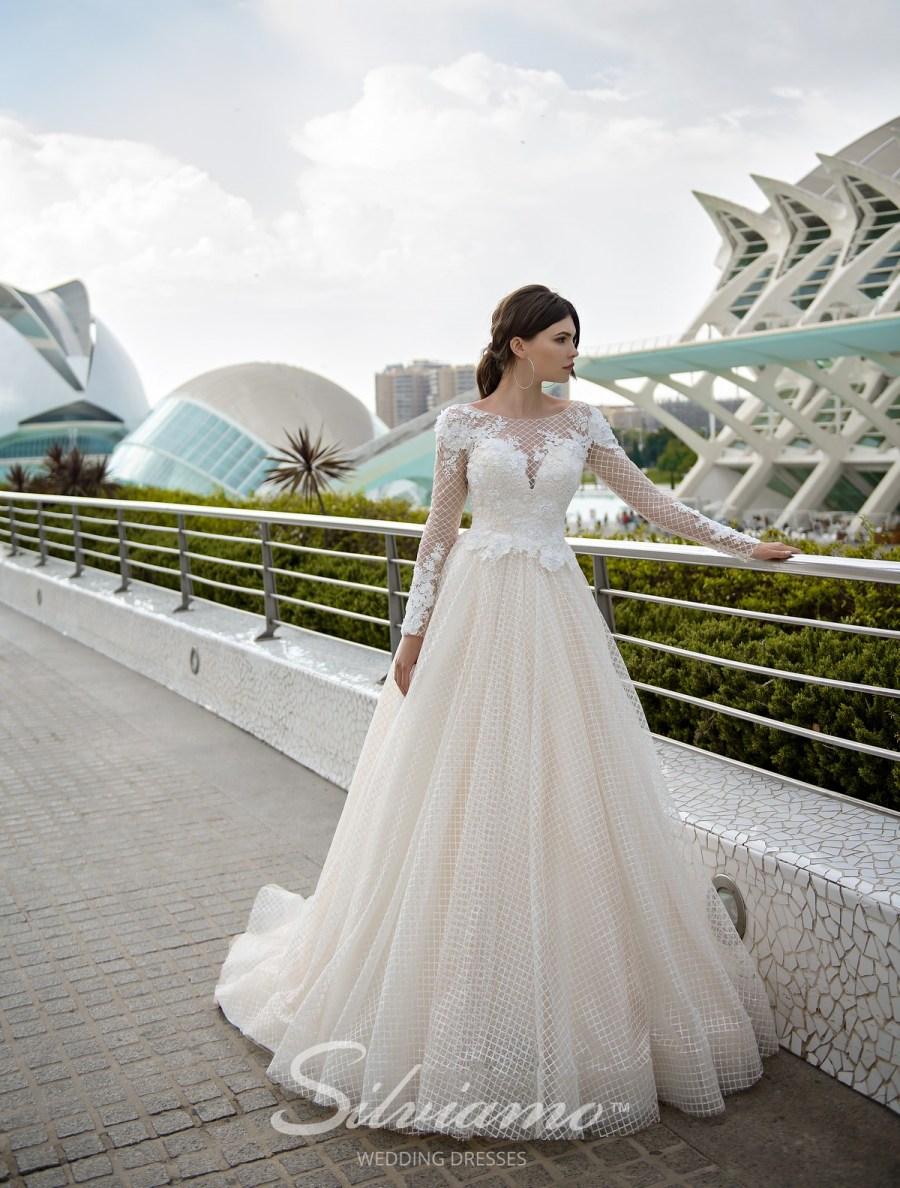 Свадебное платье А-силуэта фото