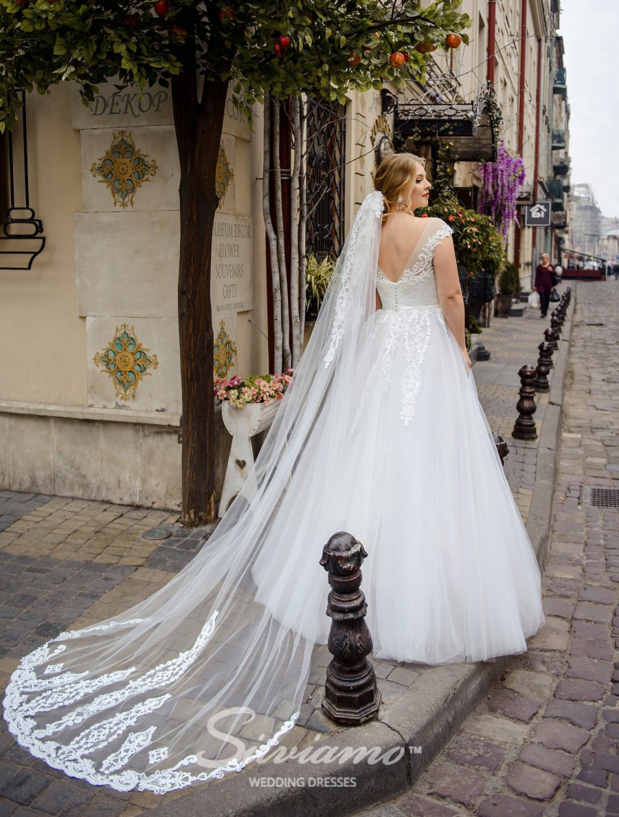 plus size wedding dresses, buy wholesale, from the manufacturer, Silviamo, Plus size, wedding dresses for curvy, Ivory, on a yoke, bateau neckline, for curvy brides, buy wholesale, delivery, countries, online-4