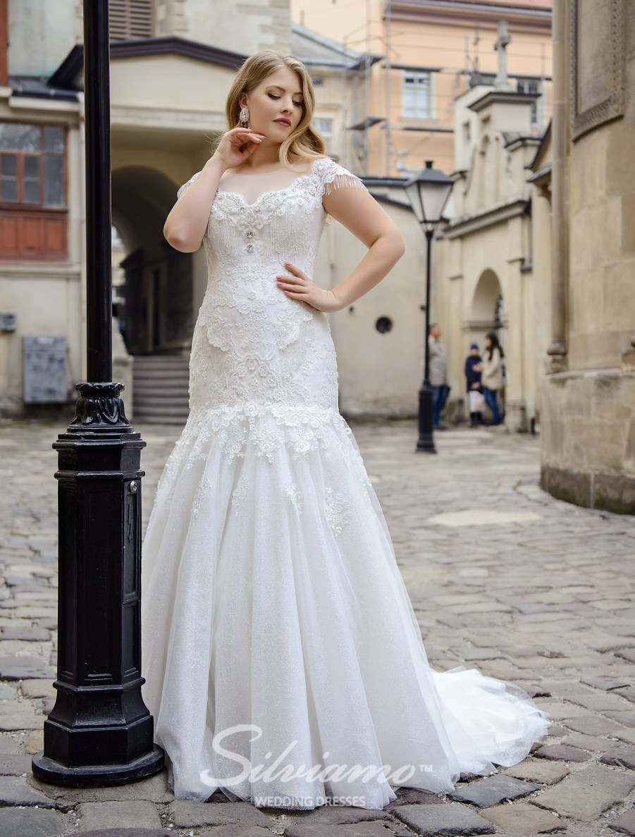 "Plus size wedding dress of ""fish"" silhouette  with a skirt-train on wholesale by Silviamo-2"