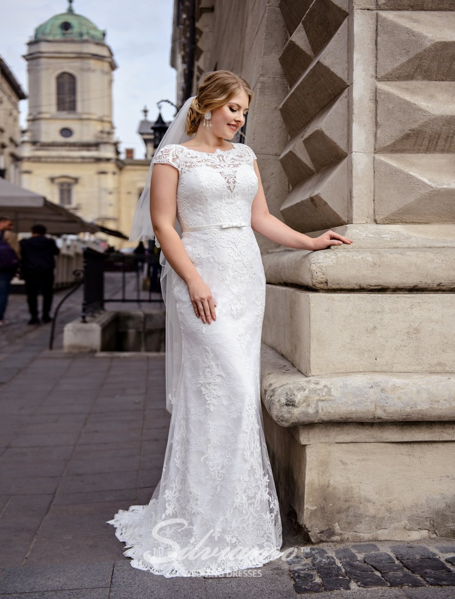 Plus size close-fitting guipure wedding dresses on wholesale by Silviamo-2