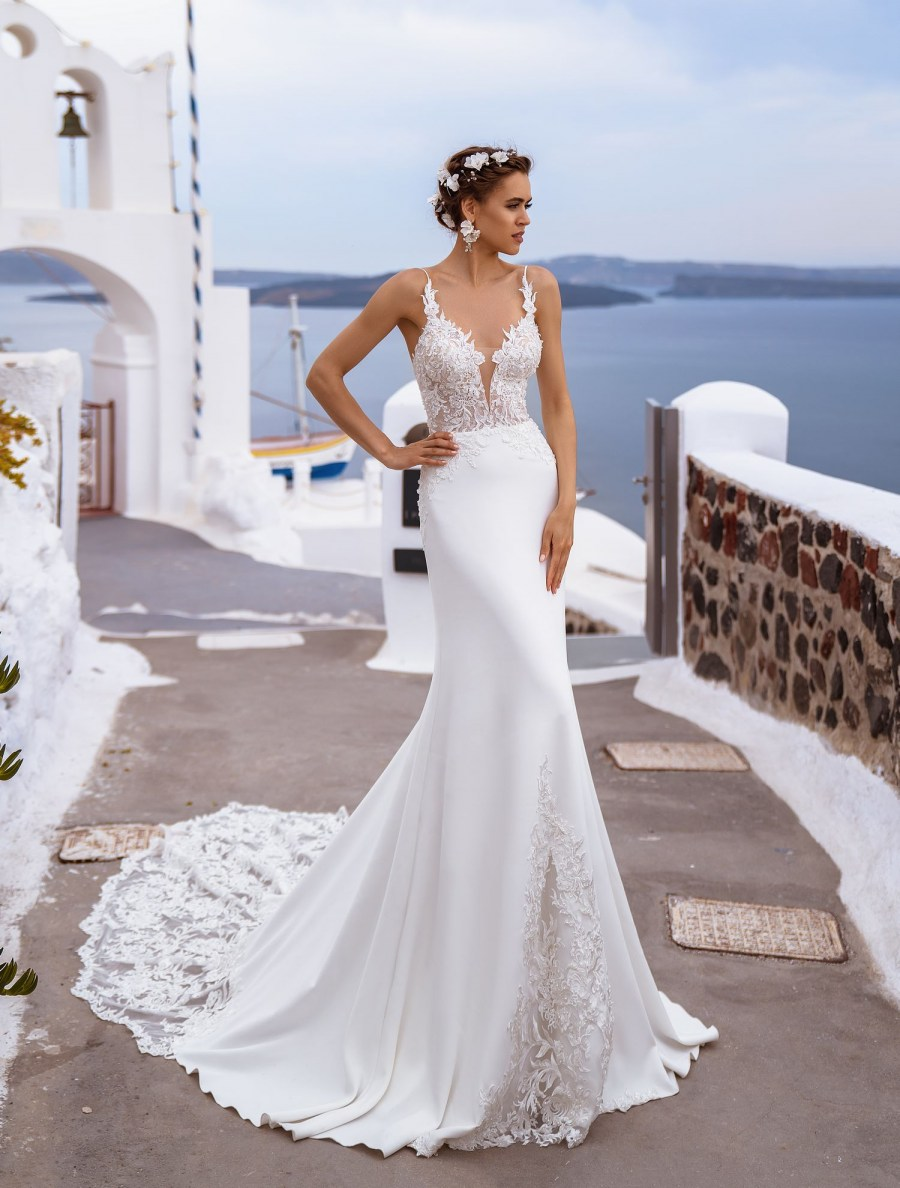 Wedding dresses  with original neckline wholesale from Silvimo-5