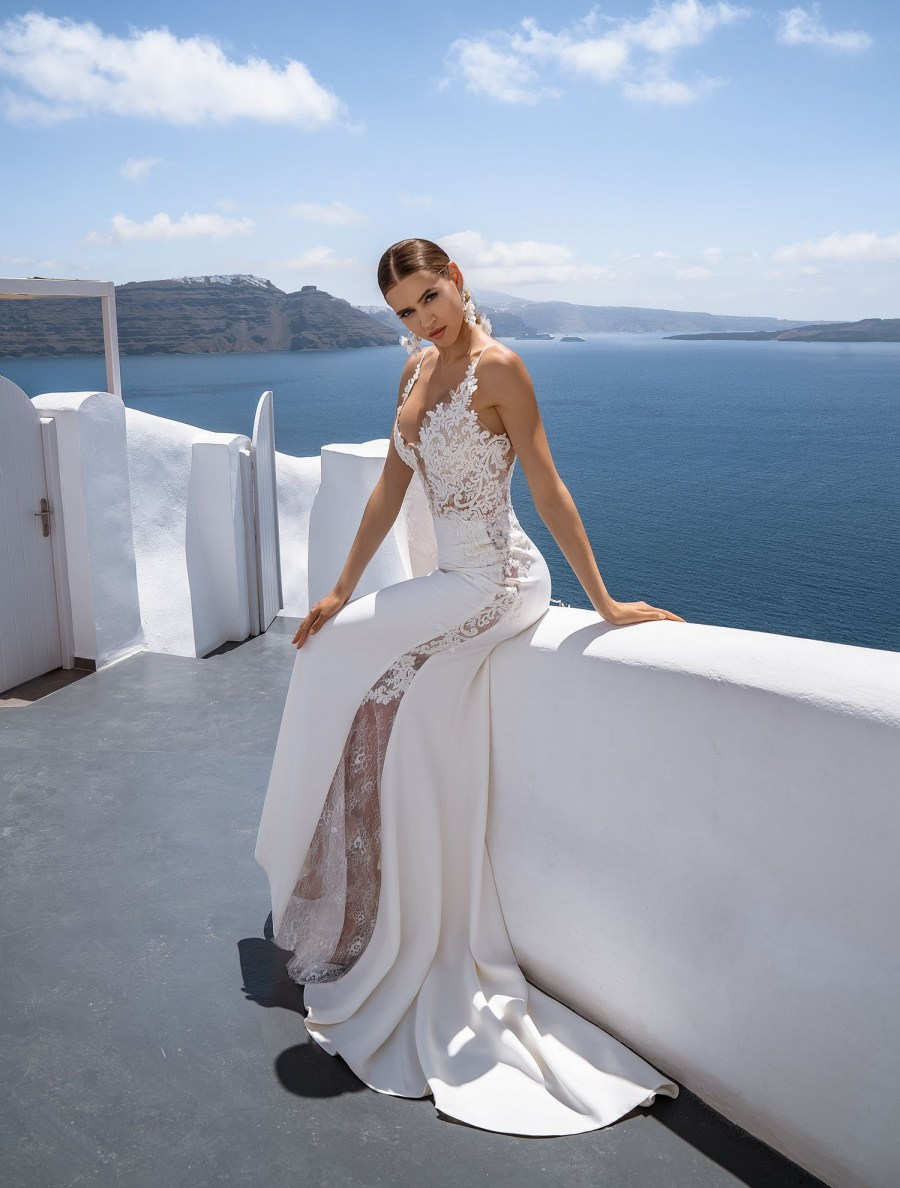 Off-the-shoulder wedding gown from Silviamo wholesale-4