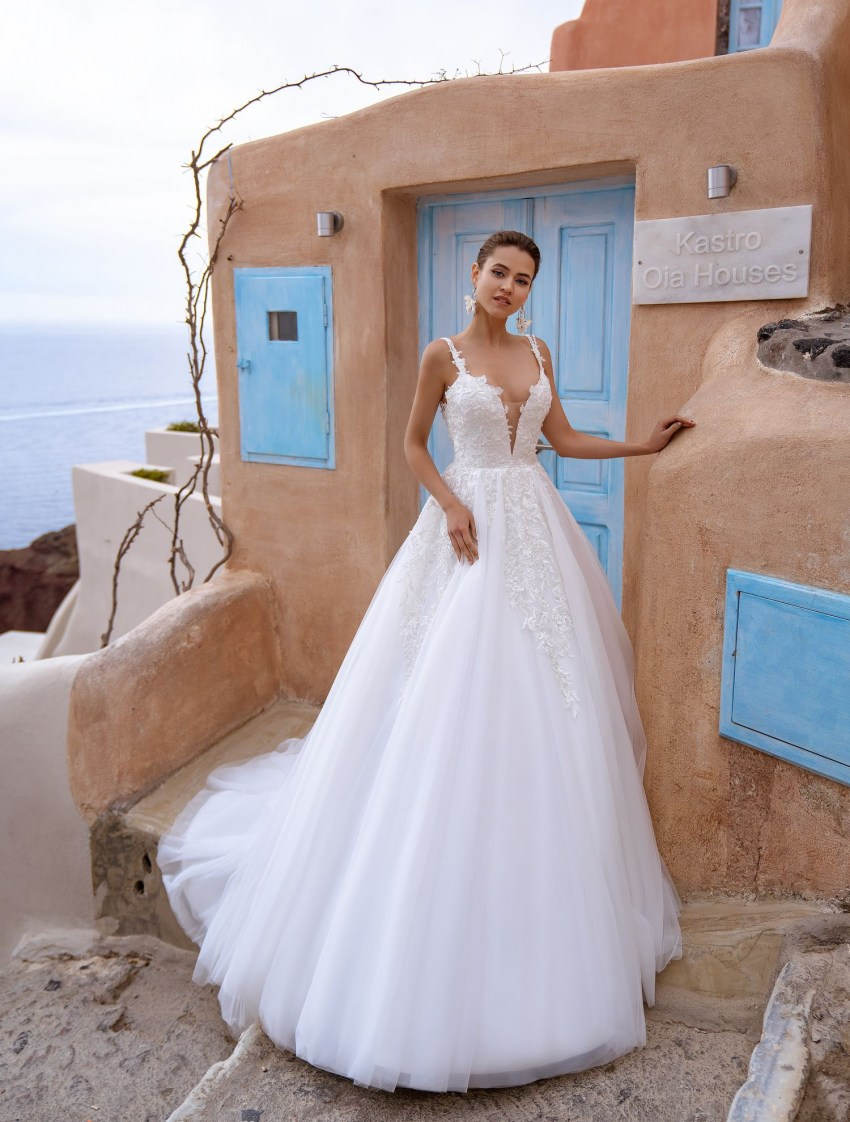 Wedding dress with open back and straps wholesale from Silviamo-2