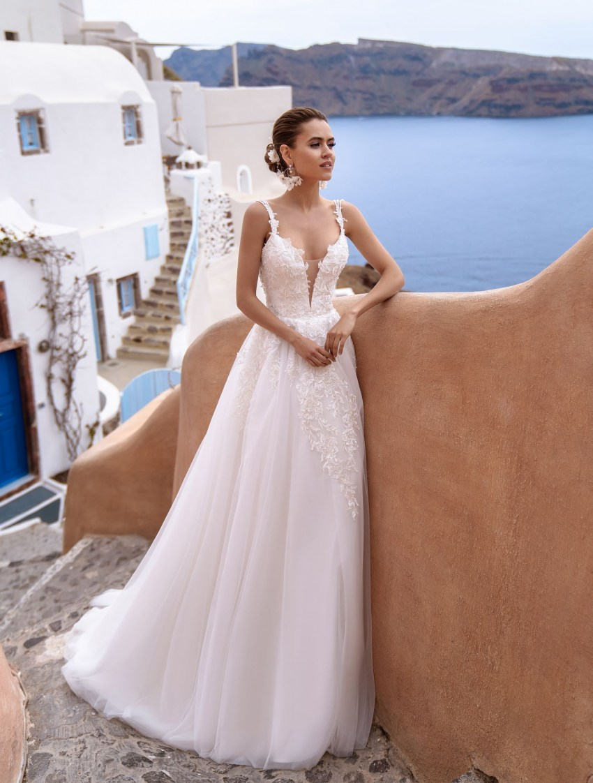 Wedding dress with open back and straps wholesale from Silviamo-3