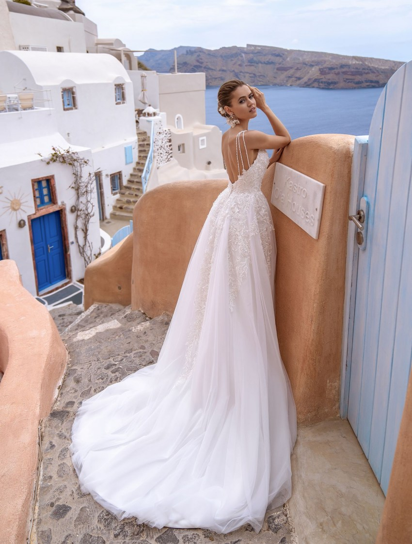 Wedding dress with open back and straps wholesale from Silviamo-4