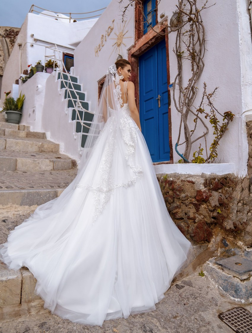 Wedding dress with open back and straps wholesale from Silviamo-5
