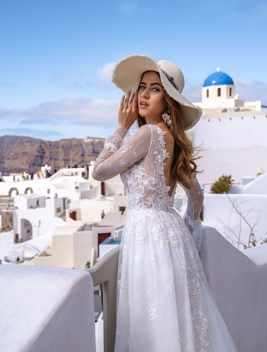 Wedding dress with long sleeves from designers TM Silviamo wholesale-4