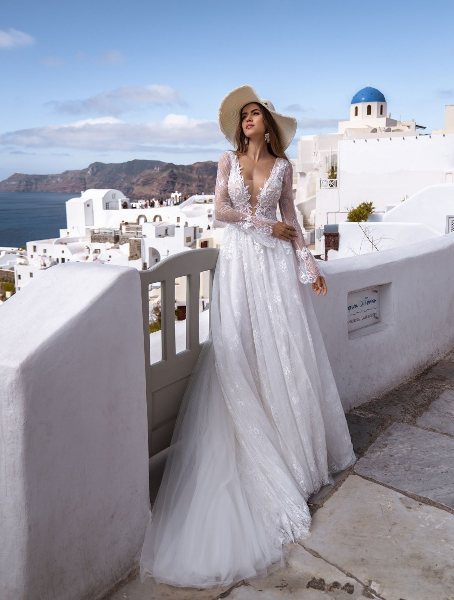 Wedding dress with long sleeves from designers TM Silviamo wholesale-5