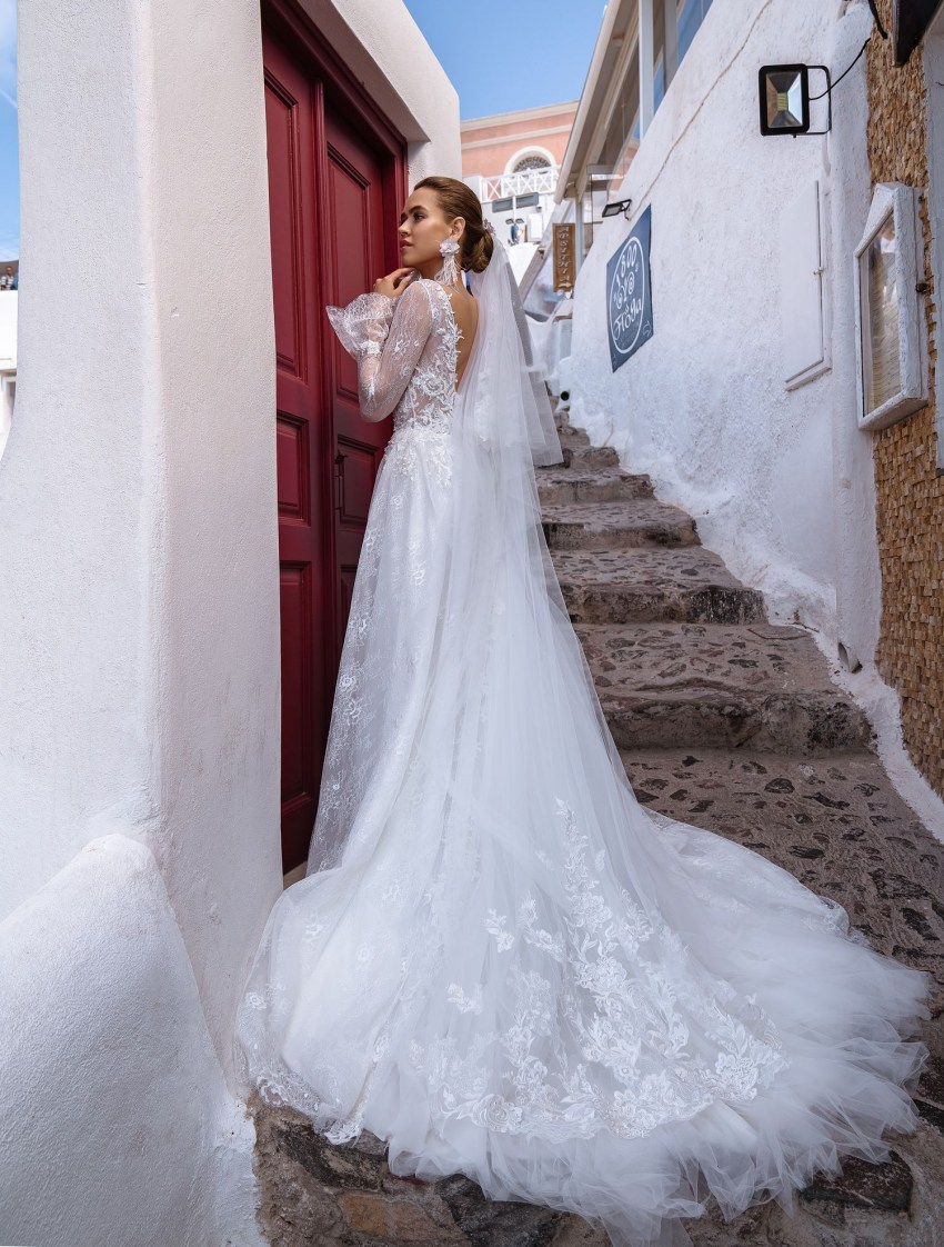 Wedding dress with long sleeves from designers TM Silviamo wholesale-6