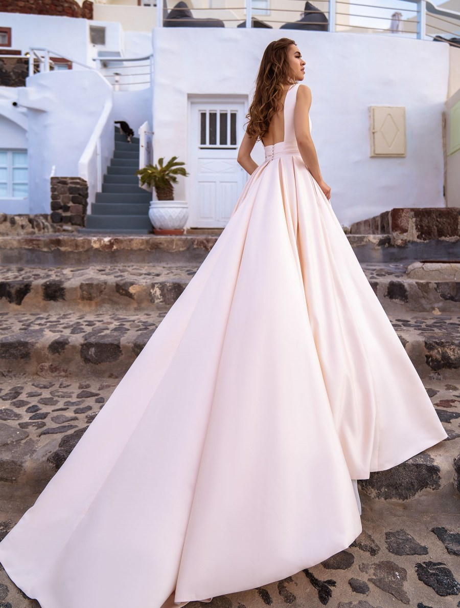 "Wedding dress in the style of ""minimalism"" exclusive wholesale from TM Silviamo-5"
