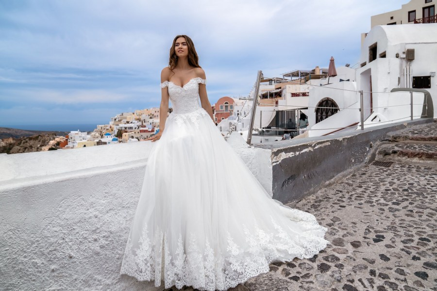 Wedding dress off the shoulder from TM Silviamo wholesale-3