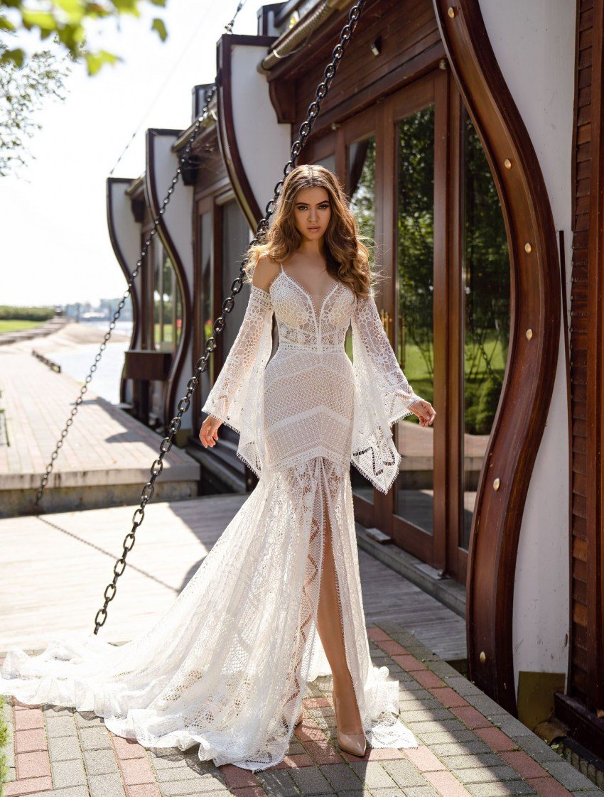 "Light wedding dress in ""boho"" style wholesale from Silviamo-3"