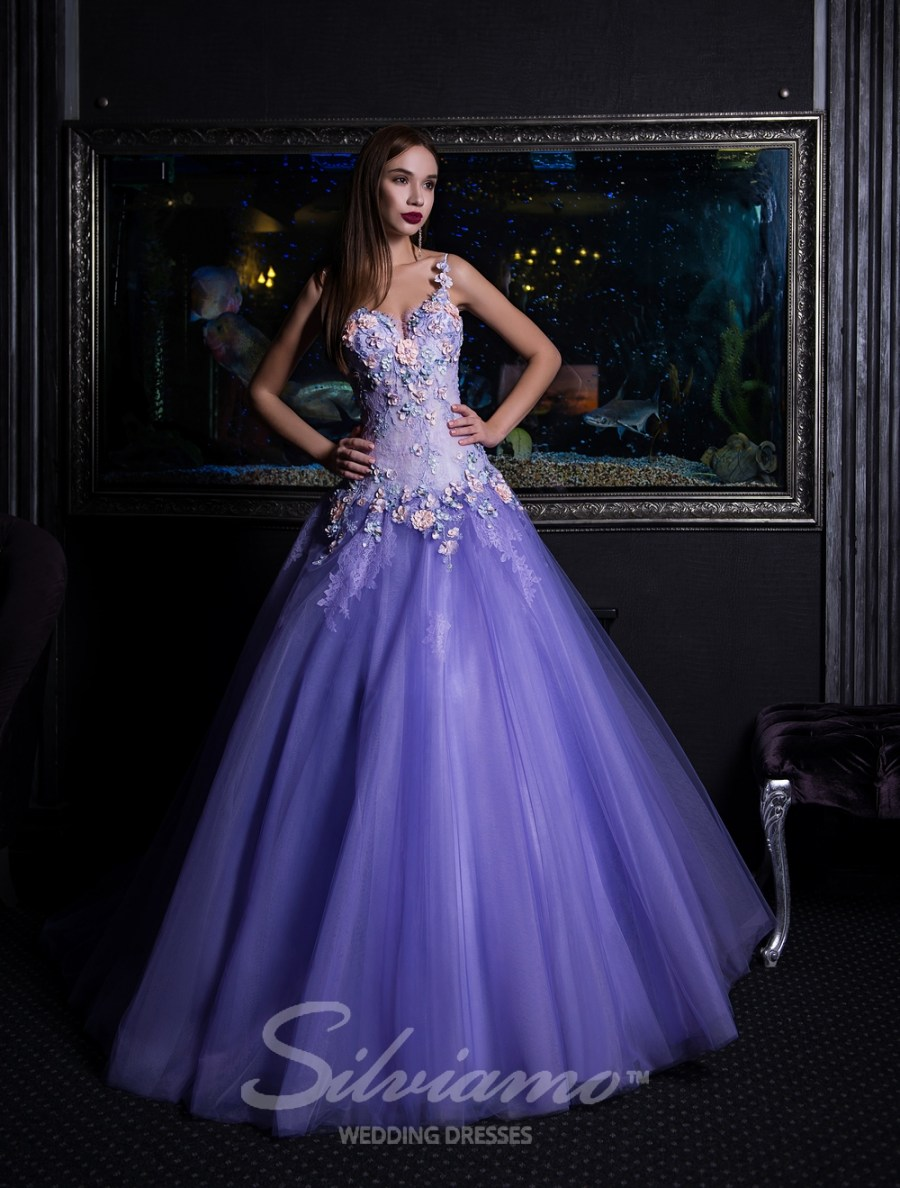 A-line evening dress with lengthened bodice-3