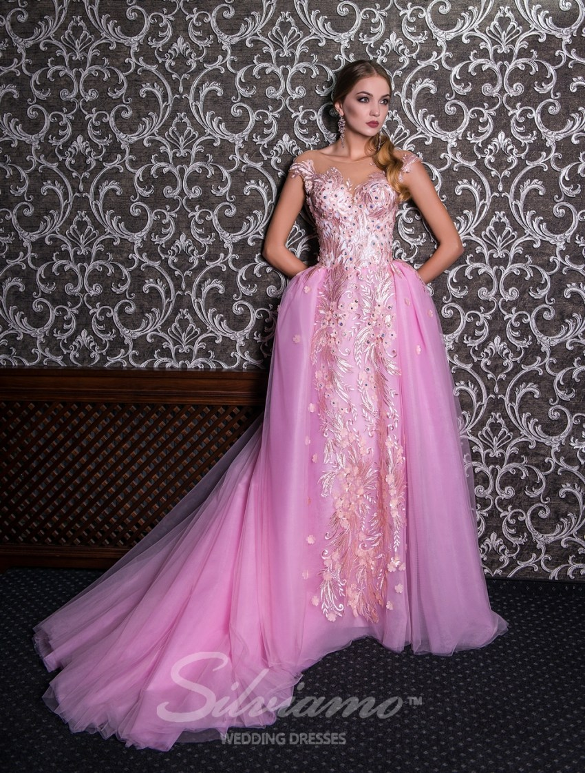 Evening dress on a yoke with puffy skirt V-142