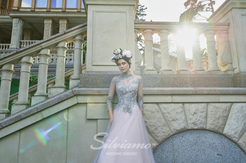 Voluminous evening dresses wholesale from Silviamo V-163