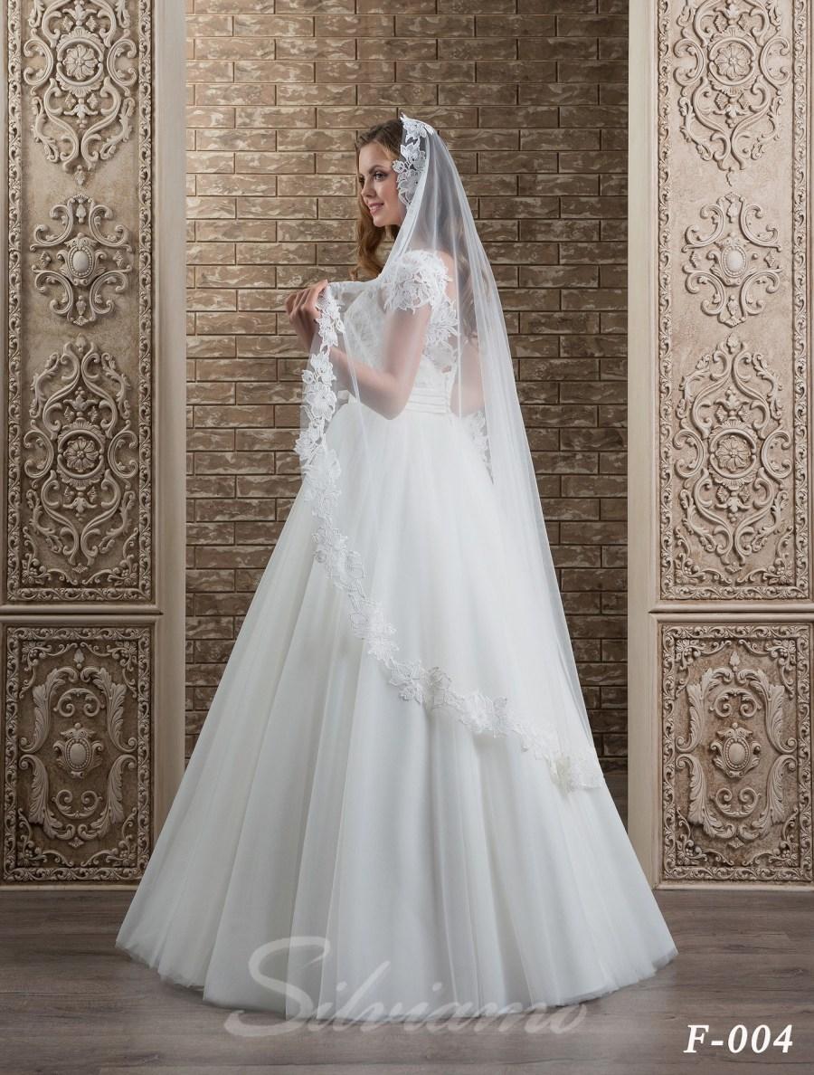 The fatin spanish veil model F-004-2