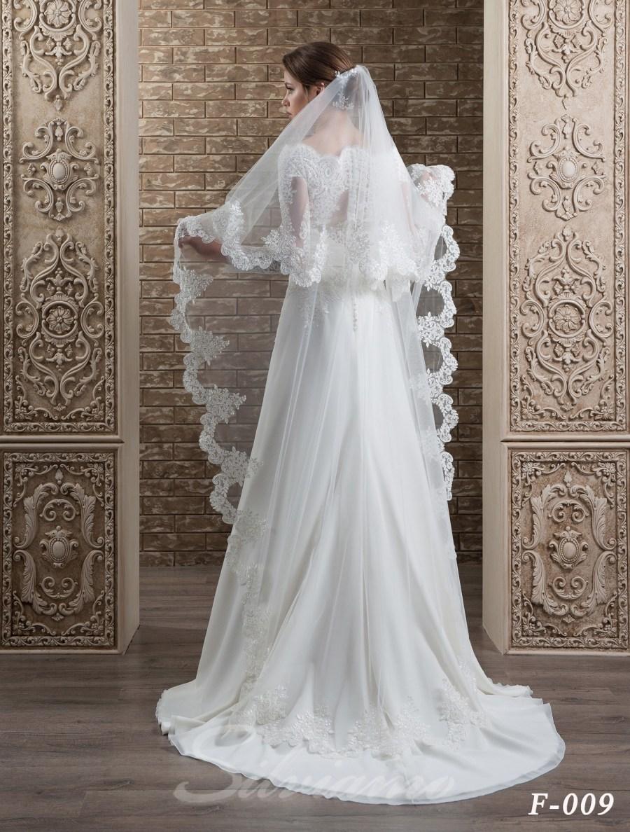 The fatin cuffed veil model F-009-2