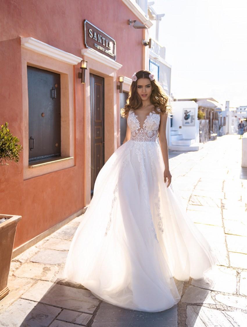 Rochia de mireasă brodată cu mărgele, pietre și perle en-gros de la rochia de mireasă Silviamo-2