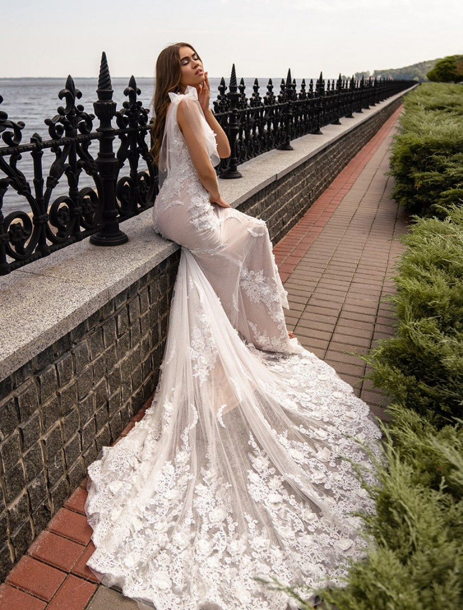 Wedding dress with lace train wholesale from Silviamo S-518-LINA