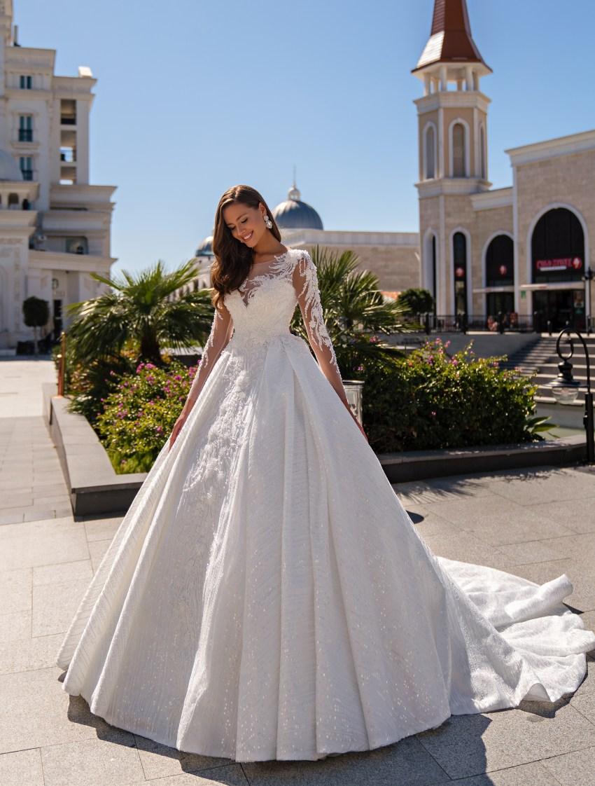 Puffy wedding dress with a train-5