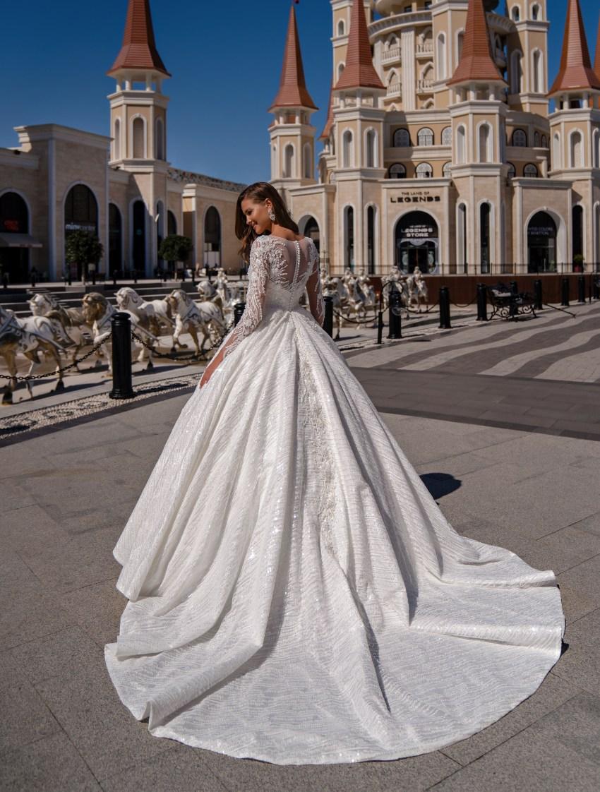 Puffy wedding dress with a train-3