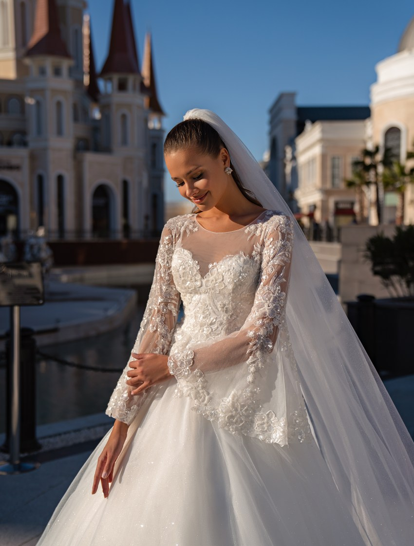 Wedding dress with long sleeves-3