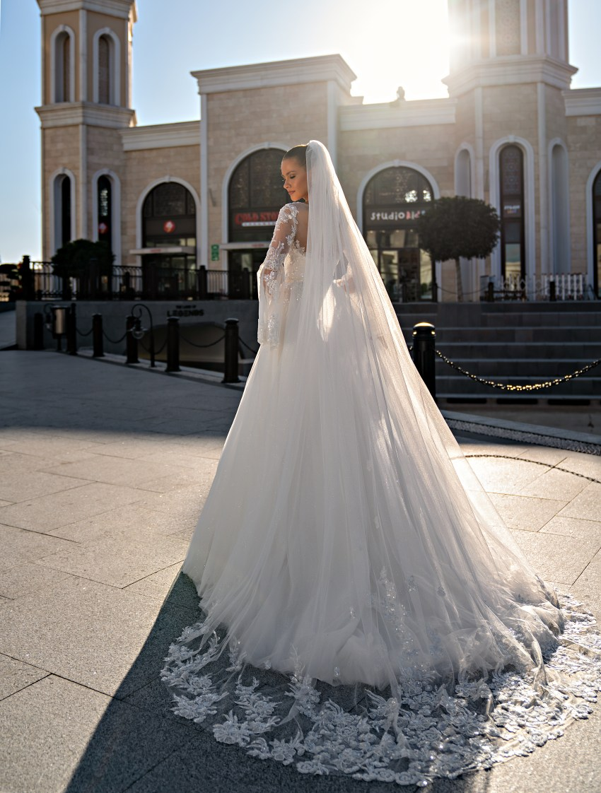 Wedding dress with long sleeves-4