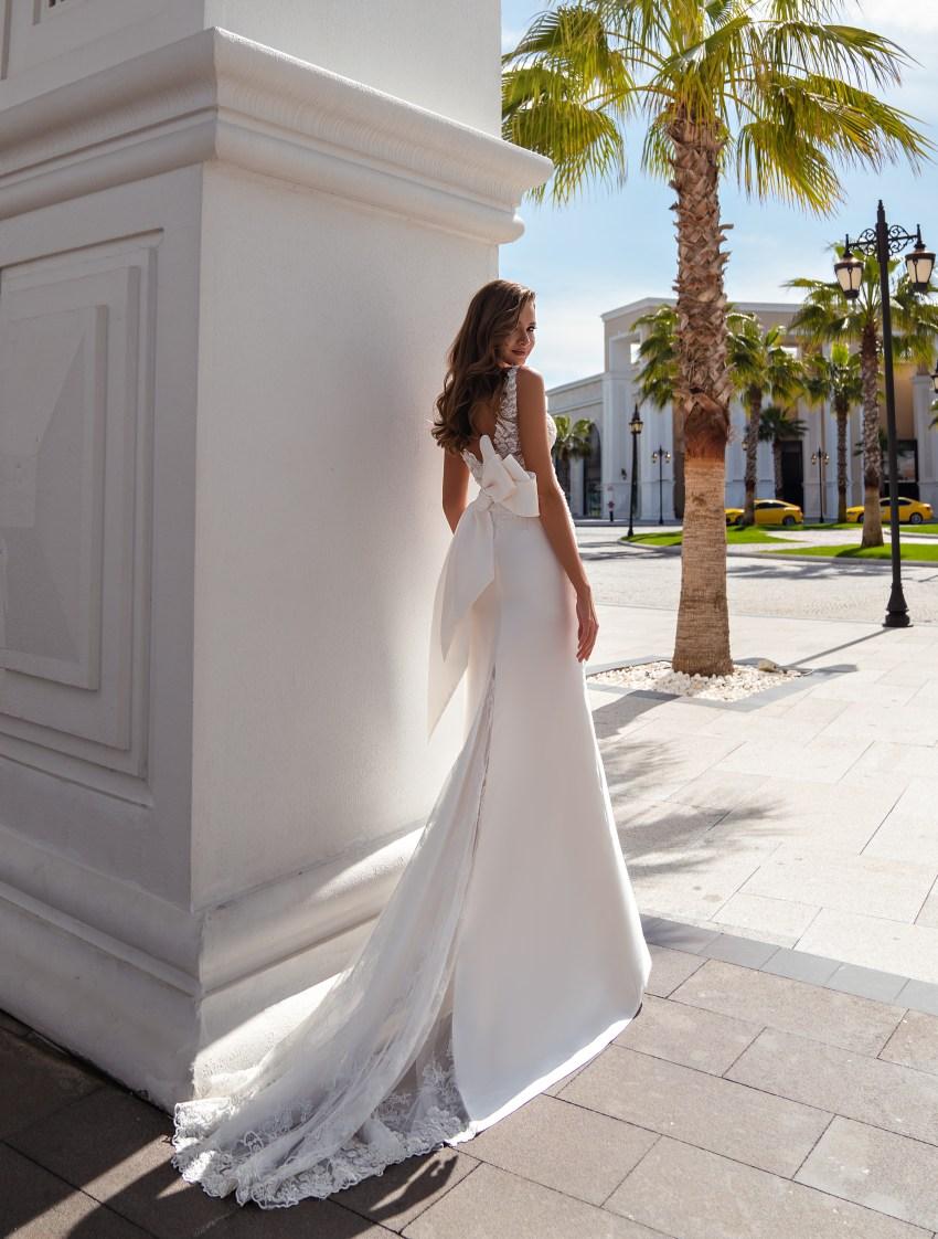 Свадебное платье на тонких бретелях-3