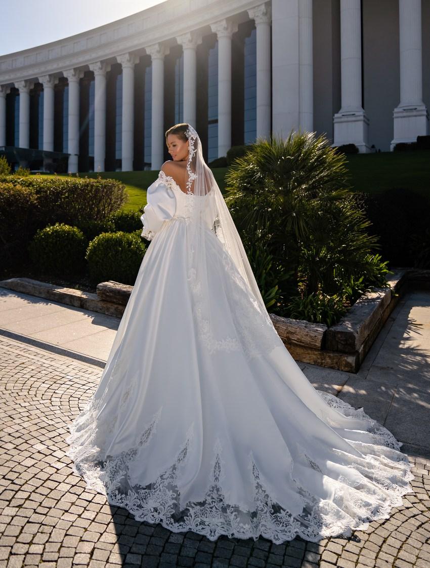 O rochie de mireasă stil prințesă-3