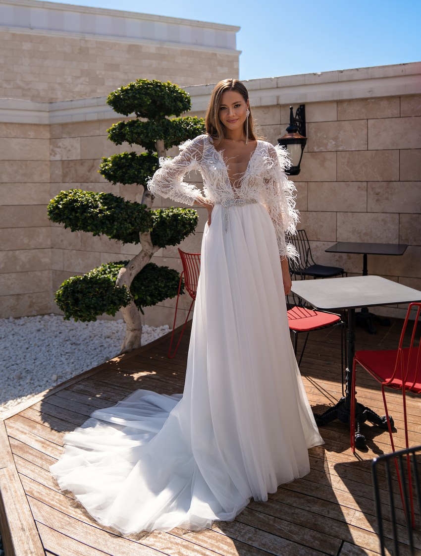 Original wedding dress with long sleeves-2