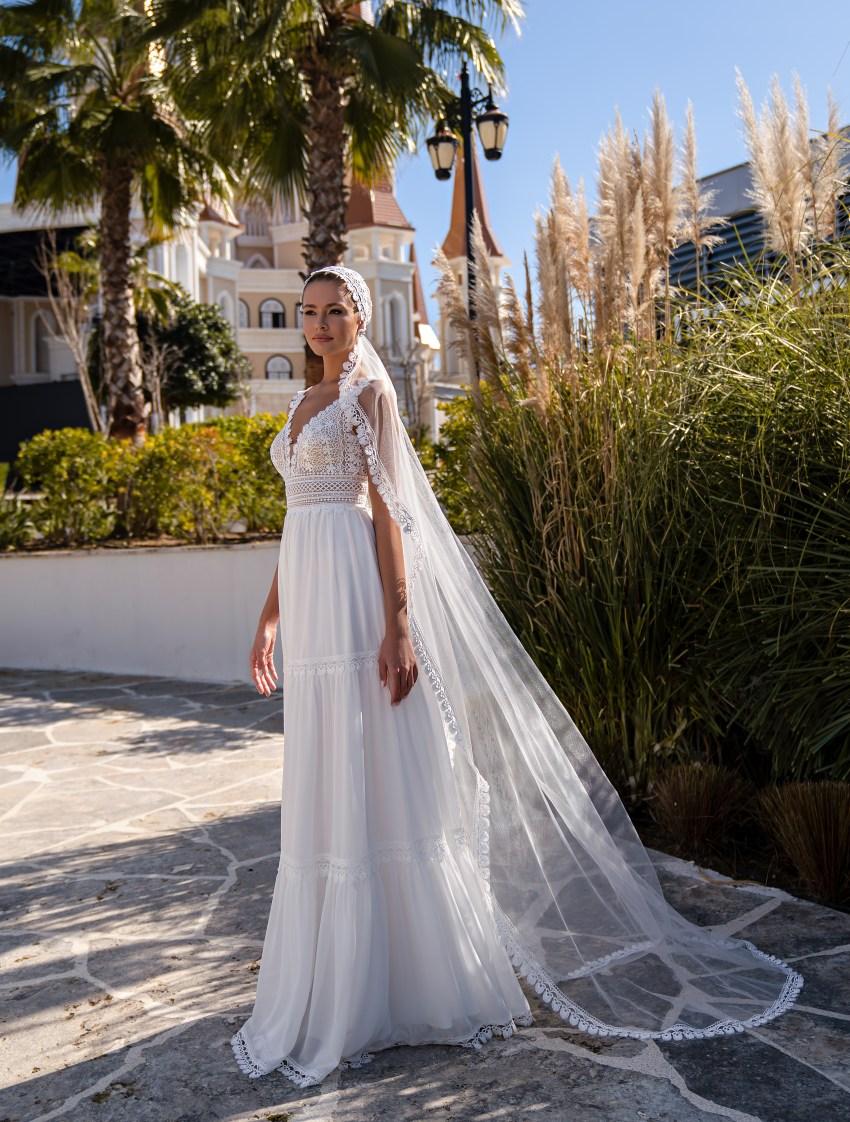 "Wedding dress in the trendy ""boho"" style-2"