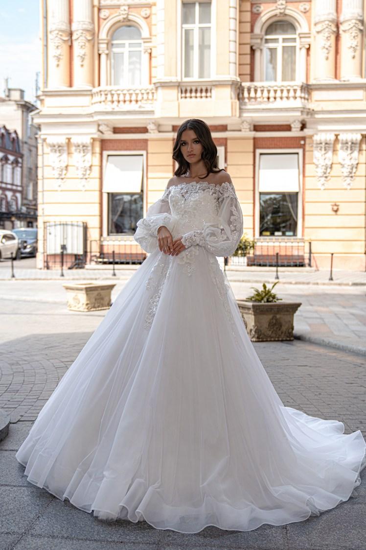 Silviamo Puff Sleeve Wedding Dress-2