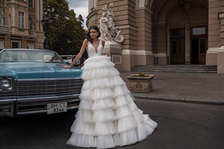Silviamo wedding dress with spaghetti straps-2