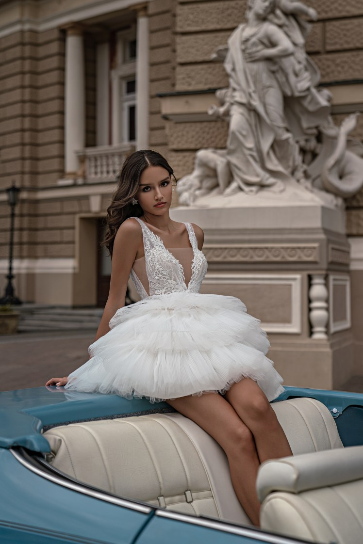Silviamo wedding dress with spaghetti straps-5