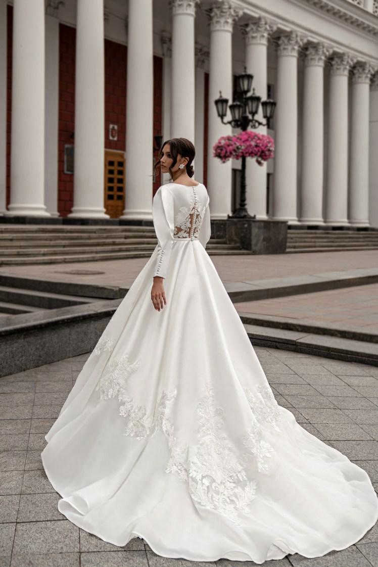 Весільна сукня з довгими рукавами оптом від Silviamo-3