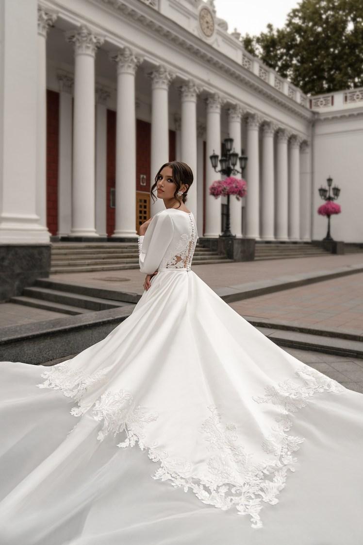 Весільна сукня з довгими рукавами оптом від Silviamo-4