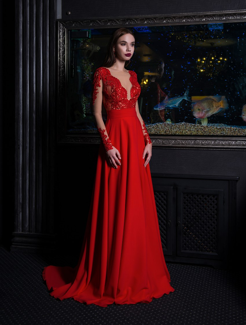 Evening dress on a yoke with long sleeves V-153