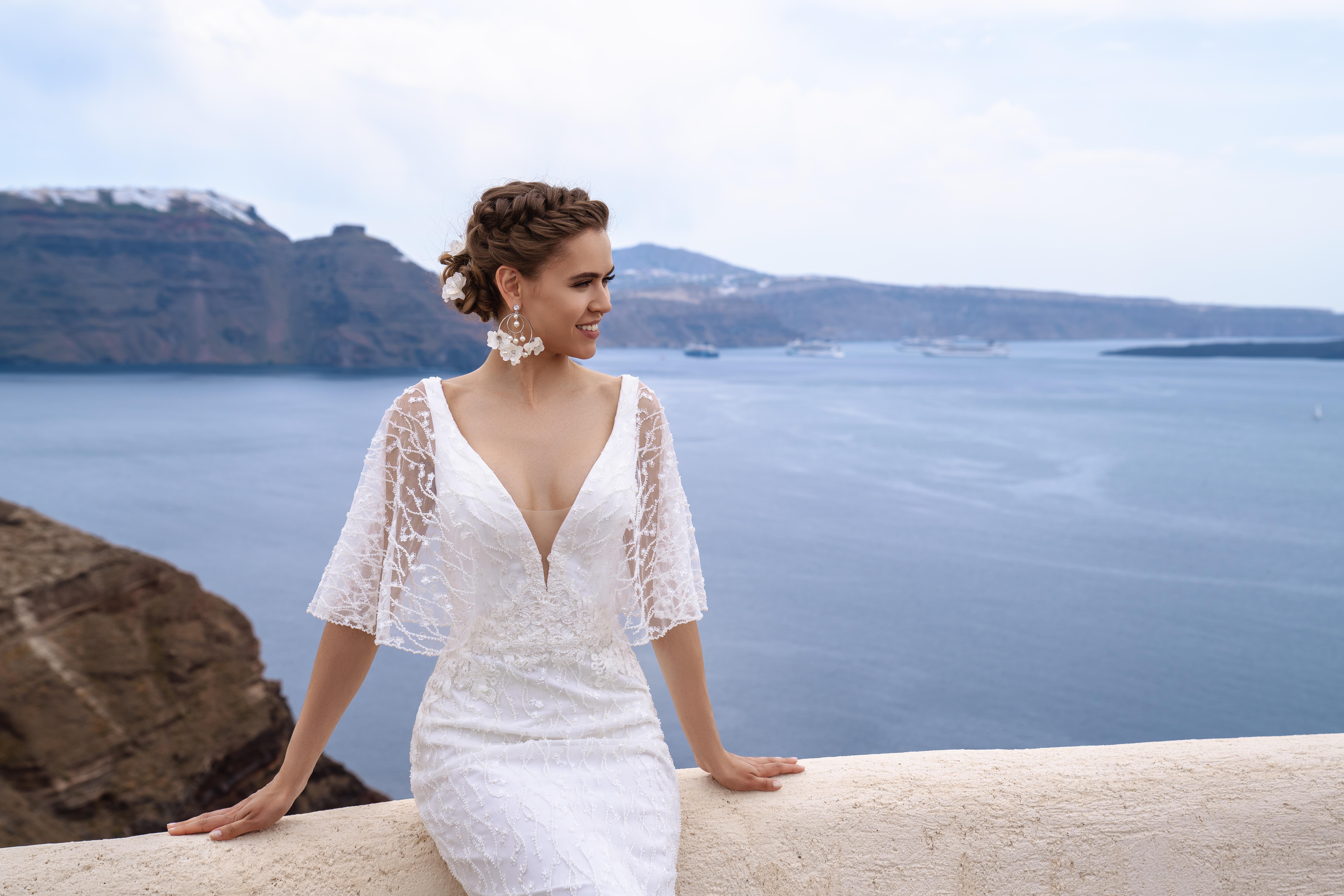 Легкое свадебное платье с рукавами-крылышками от ТМ Silviamo оптом-1