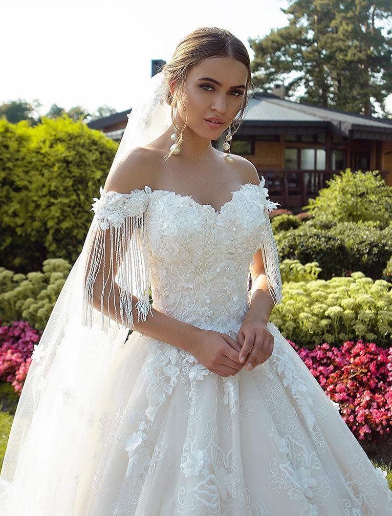 Свадебное платье с опущенными бретельками оптом от Silviamo-1