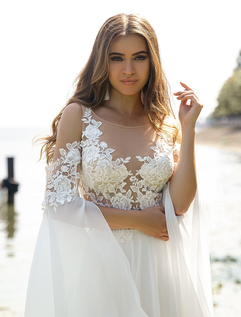 Wedding dress with flowing sleeves wholesale from Silviamo-1